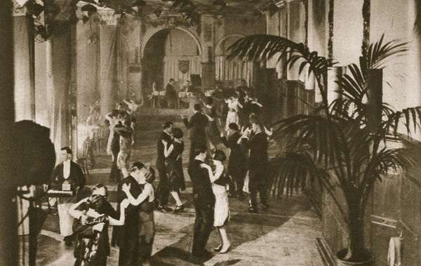 Members on the dance floor at Murray's Club, Soho, London, c1920s(?). Founded in 1913, Murray's Club was formerly the old Blanchard's restaurant, a famous coaching house