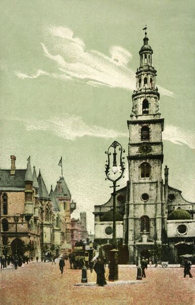 St Clement Danes, Strand, London, c1910. The church of St Clement Danes in the City of Westminster was completed in 1682 by Sir Christopher Wren. On the left are the Royal Courts of Justice, with a decorative lamppost in the foreground. Postcard