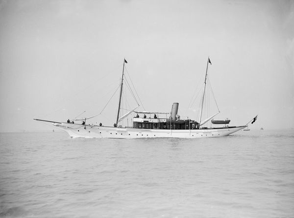 The steam yacht 'Westoe', 1911